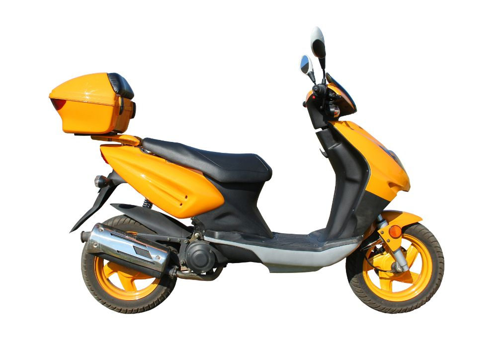 Electric Scooter With Seats and Trunks