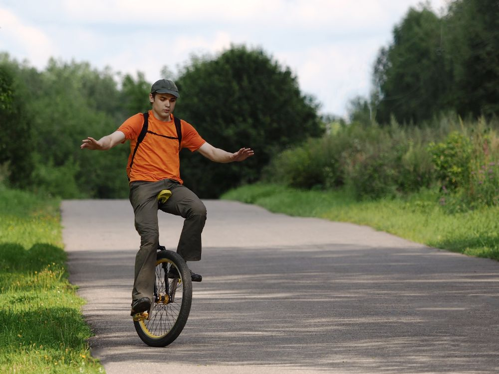 Know How to Ride a Unicycle for Beginners