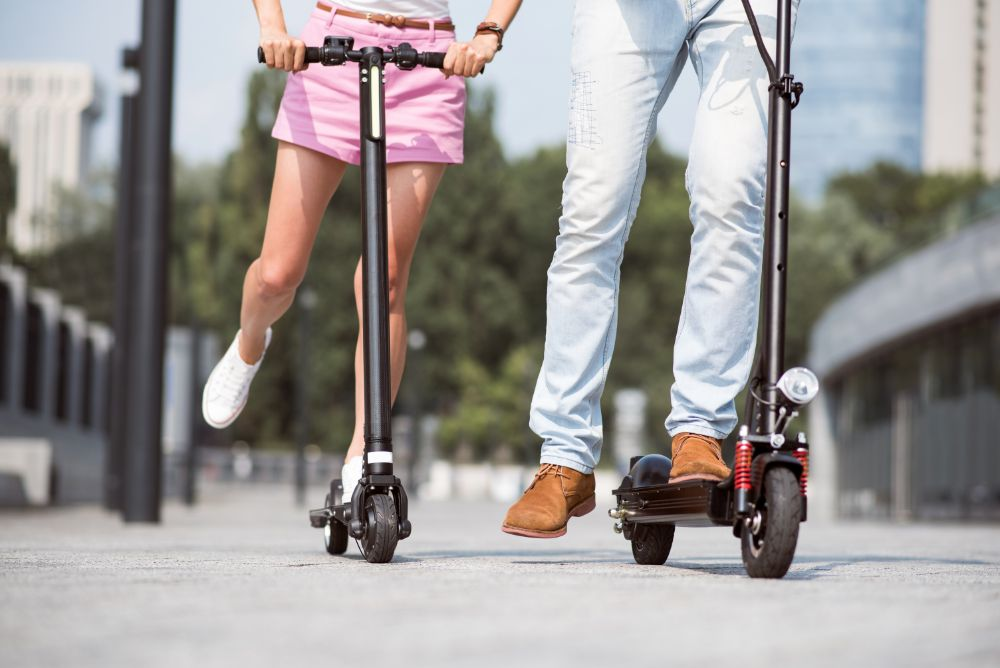 What are the advantages of a Big Wheel Electric Scooter