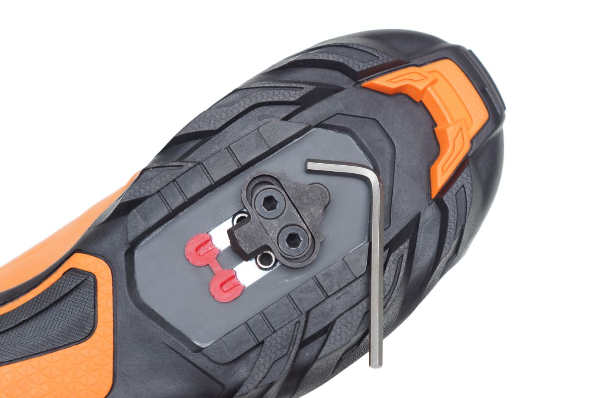 2-Hole Cleat System