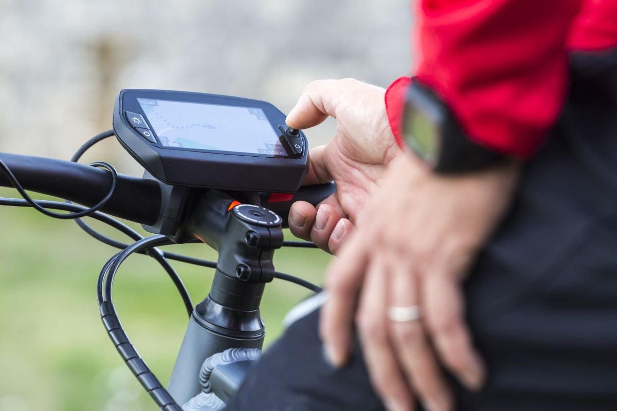 5 Best Bike Computer With Cadence and Heart Rate