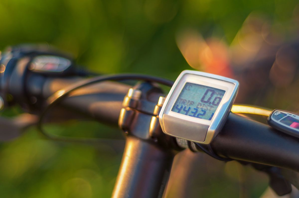 Best Bike Computer With Cadence and Heart Rate