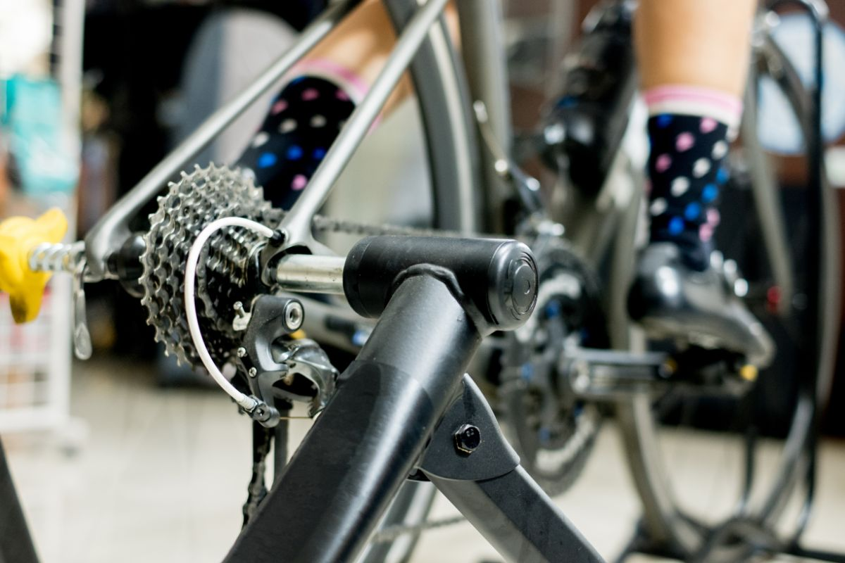 Buying Guide for Indoor Bike Trainer for Mountain Bikes