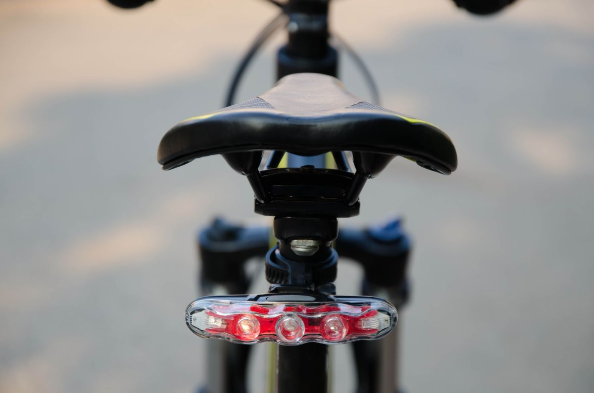 Buying Guide for USB Rechargeable Rear Bike Light