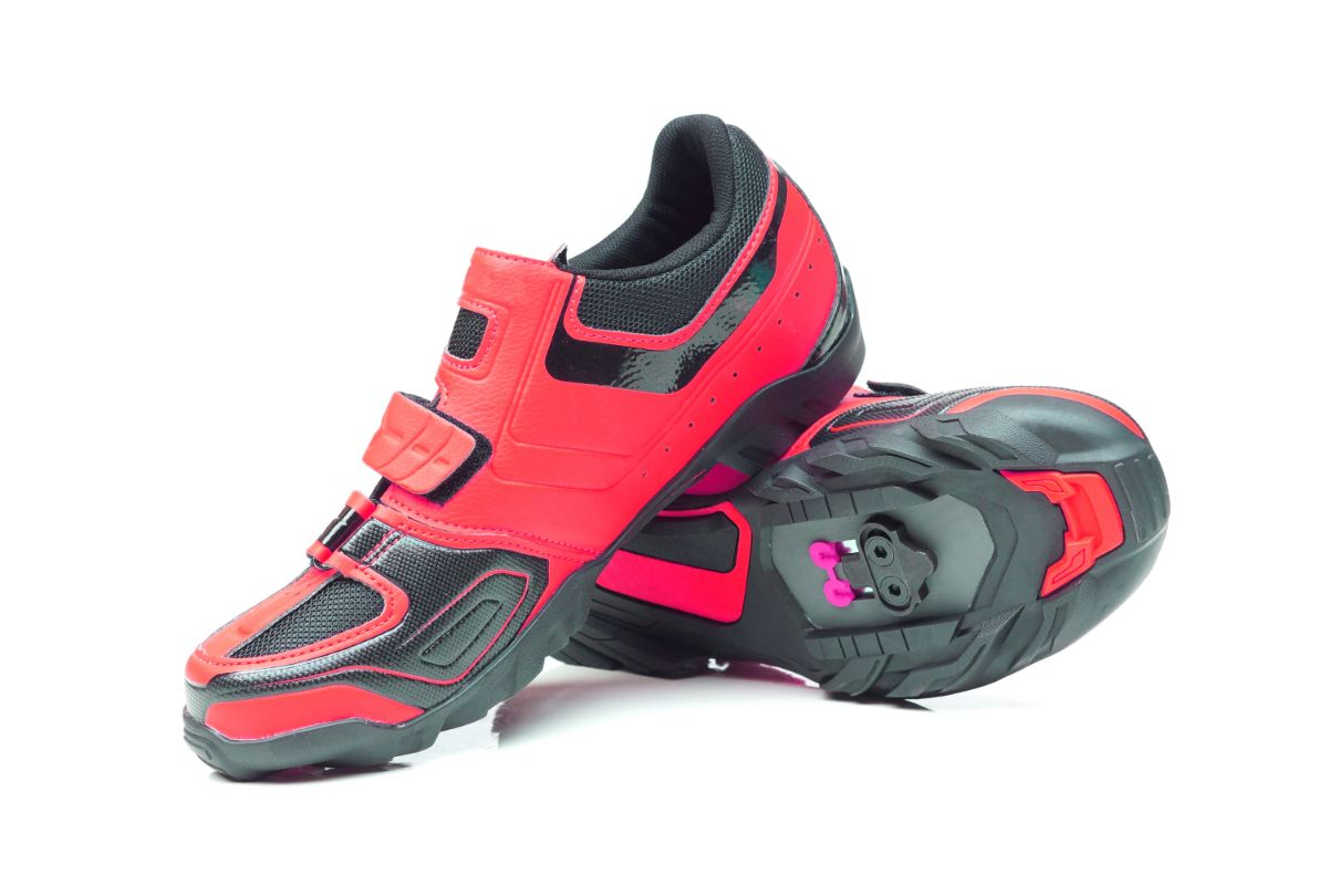 Buying Guide for Women's Mountain Bike Shoes for Flat Pedals