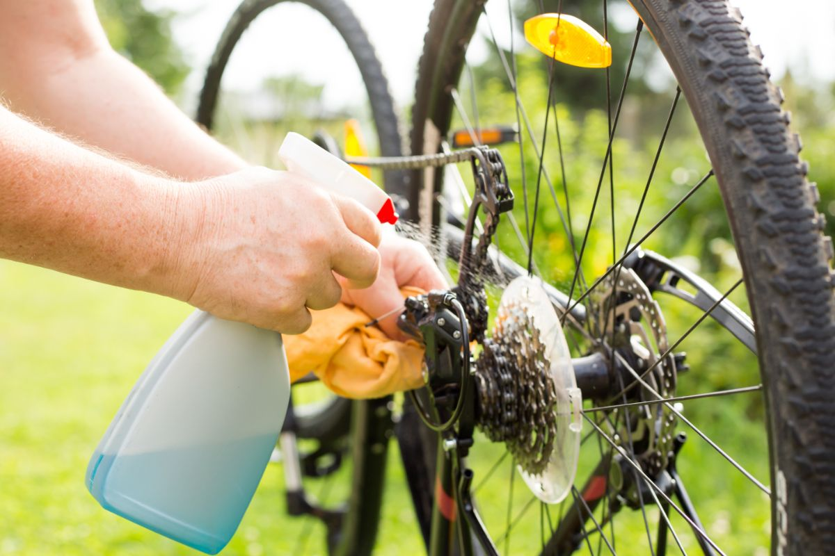 Cleaning Your Bike Chain