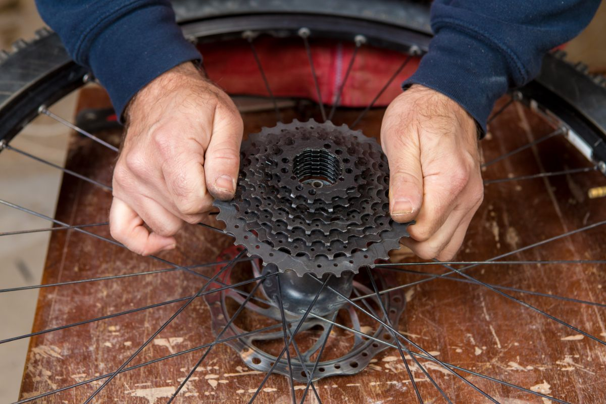 Guide on How to Change a Bike Cassette