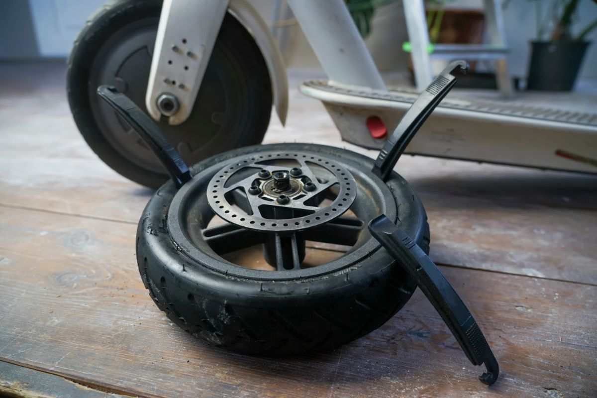 Rear Wheel of Electrical Scooter