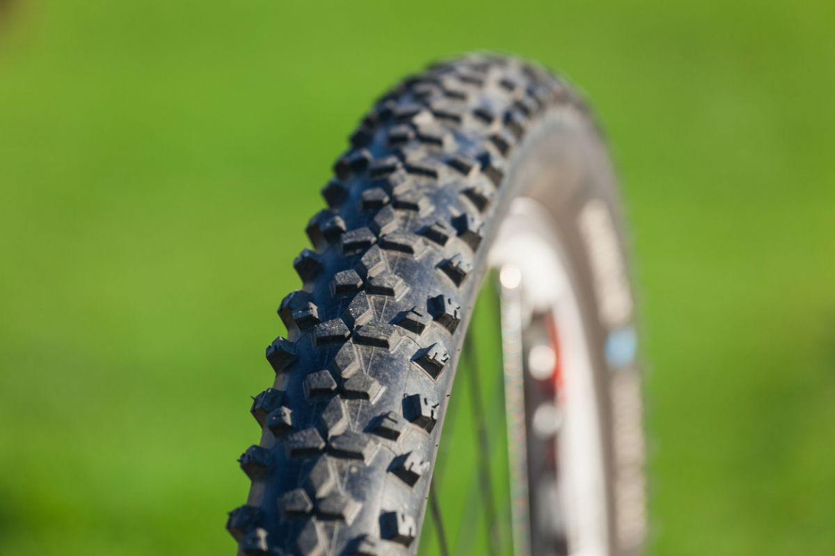 Tire Width Recommendation of Mountain Bikes