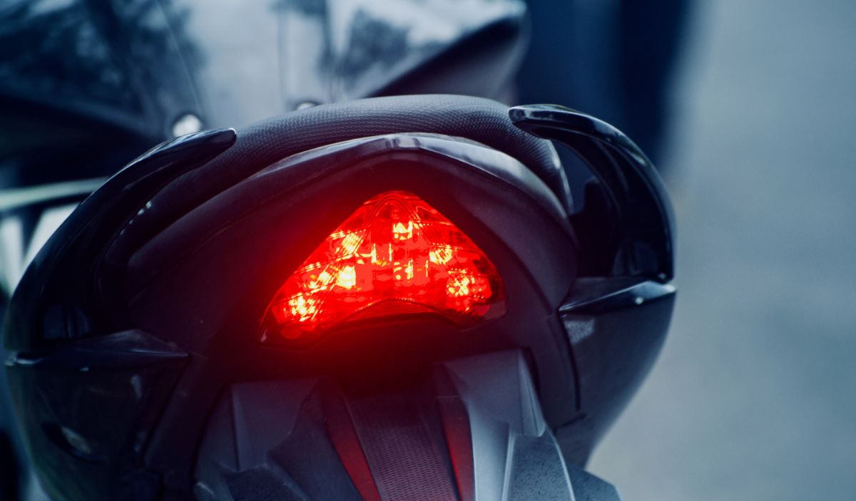 What to Do if Brake Lights Working and Tail Lights Not