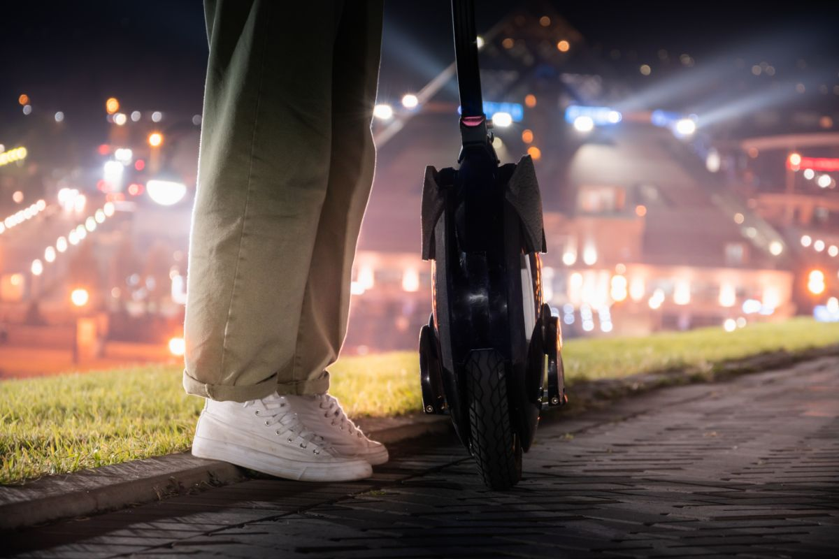 Best Electric Unicycles With A Seat