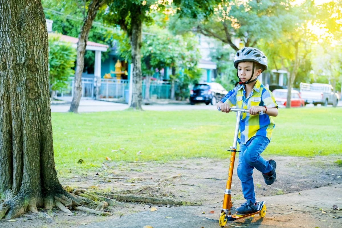 Electric Scooter for 6-year-old