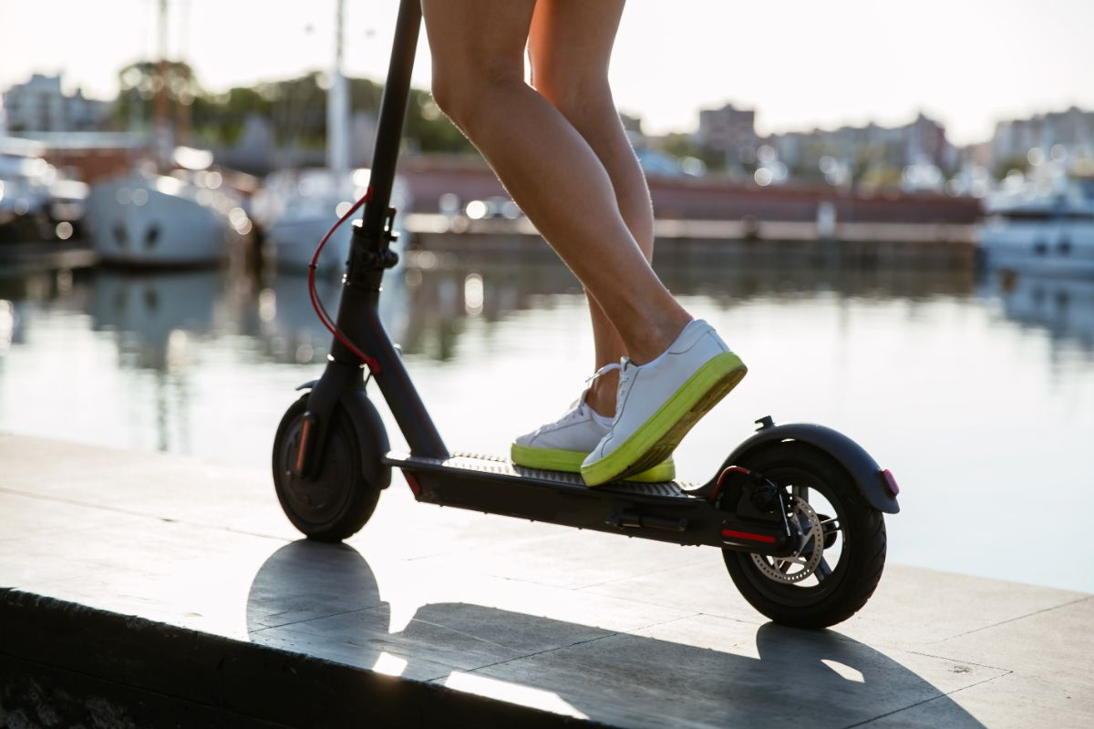 GOTRAX GXL V2 Scooter Features