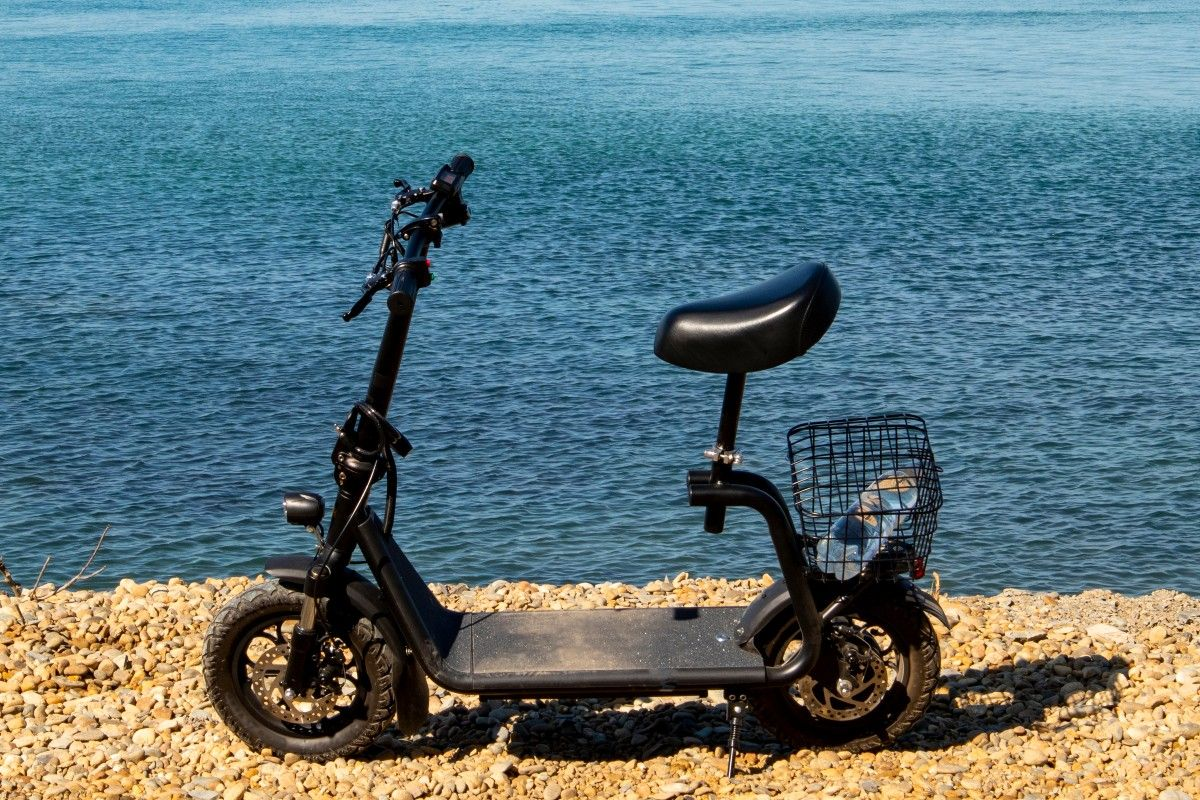 Razor 36 V Ecosmart Metro Electric Scooter Buying Guide (1)