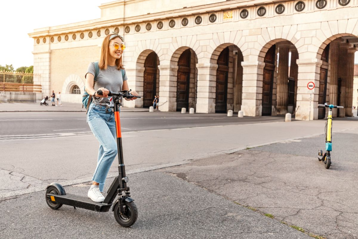 Uberscoot 1600 W Electric Scooter Buying Guide